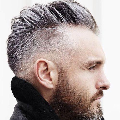 Coupe de cheveux pour hommes le plus en vogue